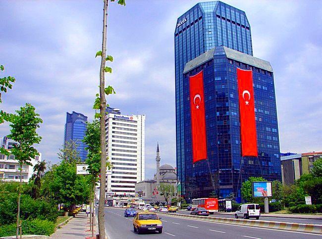 Стамбул огромнейший город Турции