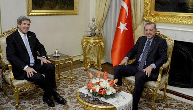 Керри предложил Турции найти «золотую середину» с Израилем